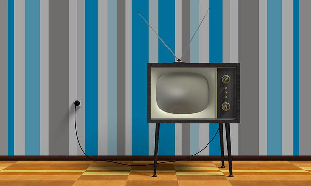 Levné TV stolky.