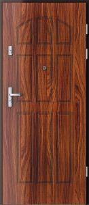 Dřevěné bezpečnostní dveře.