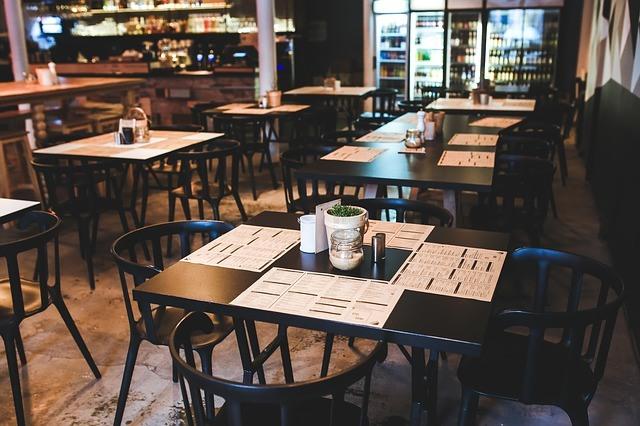 pohodlené židle do restaurace