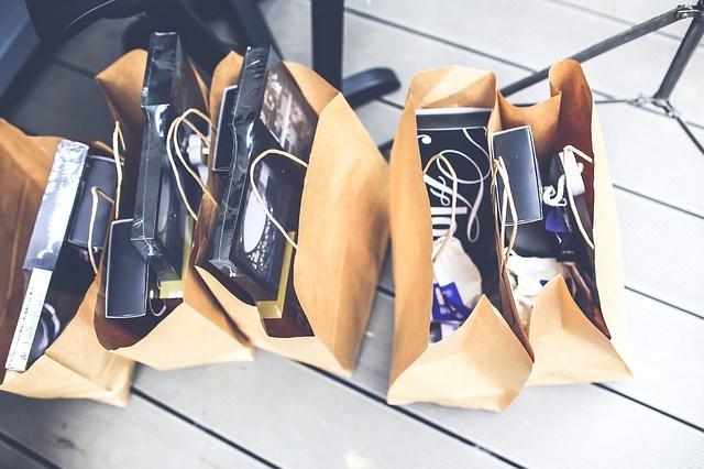 Potisk papírové tašky